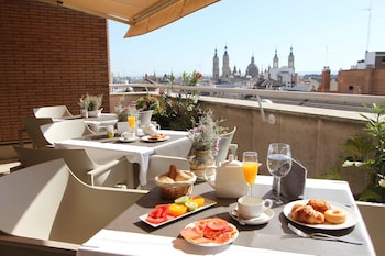 Choose This Mid-Range Hotel in Zaragoza