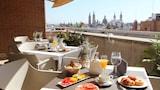 Vyberte si hotel ve městě Zaragoza nabízející: s bazénem