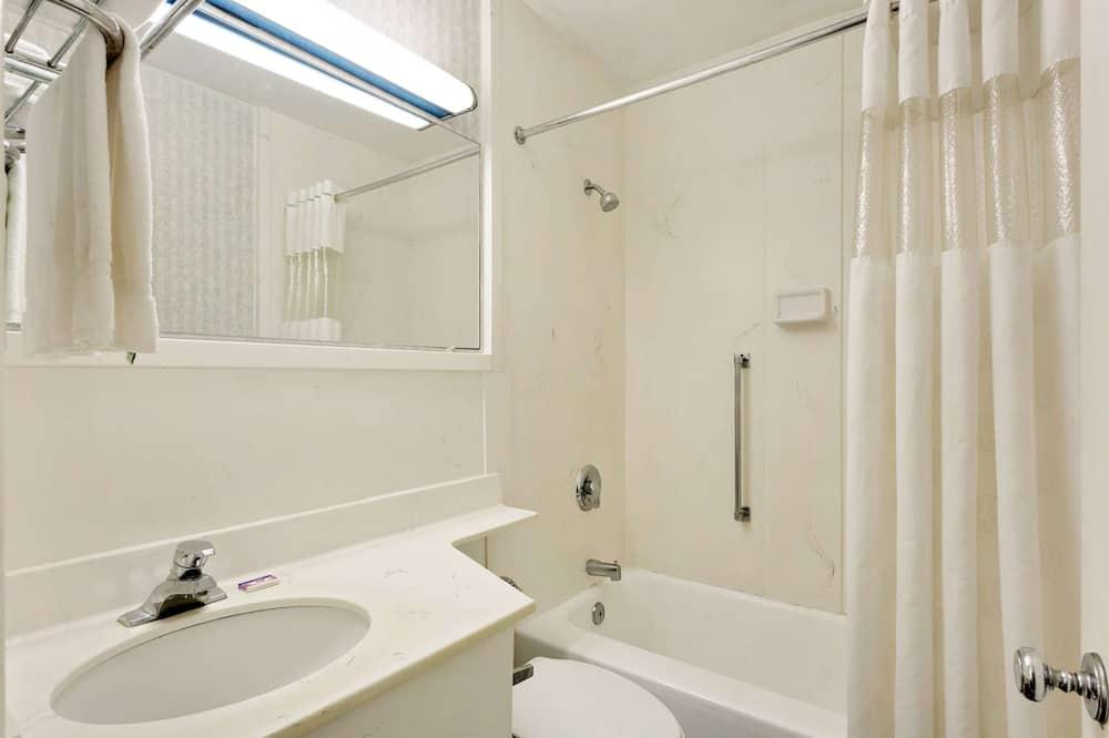 Room, 2 Double Beds, Smoking - Bathroom