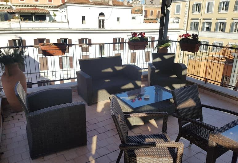 Hotel Fori Imperiali Cavalieri, Rom, Terrasse/patio