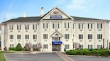 Book this Parking available Hotel in Martinsville