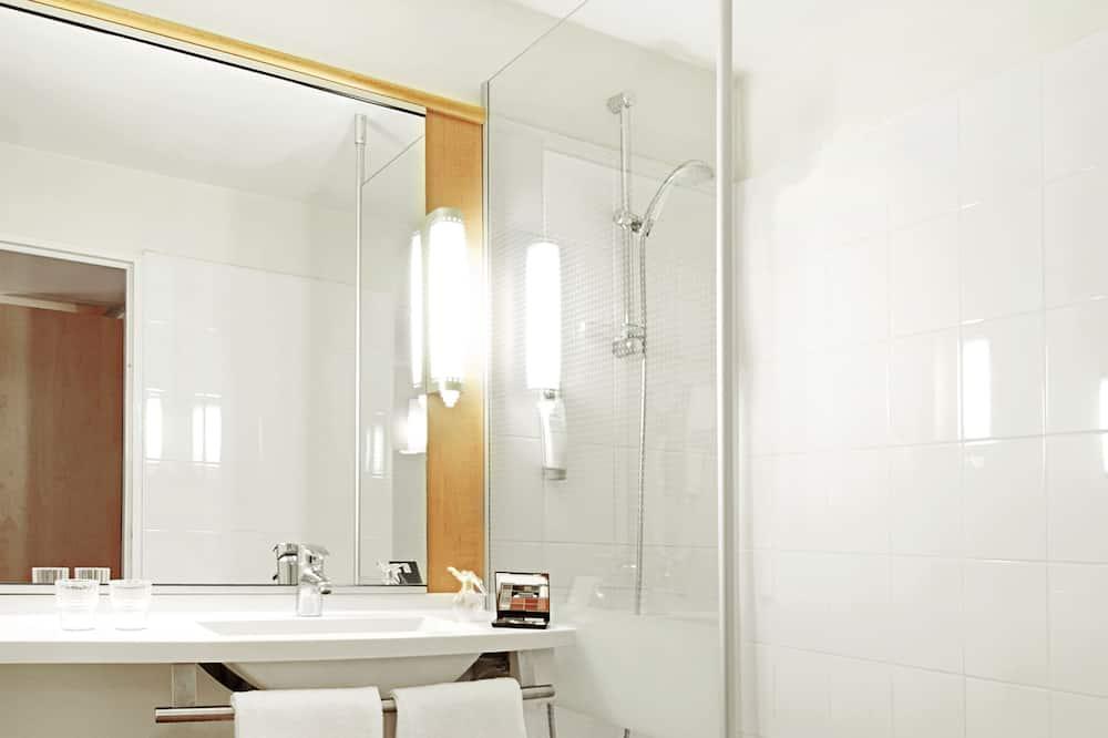 Standard Double Room, 1 Double Bed - Bathroom Shower
