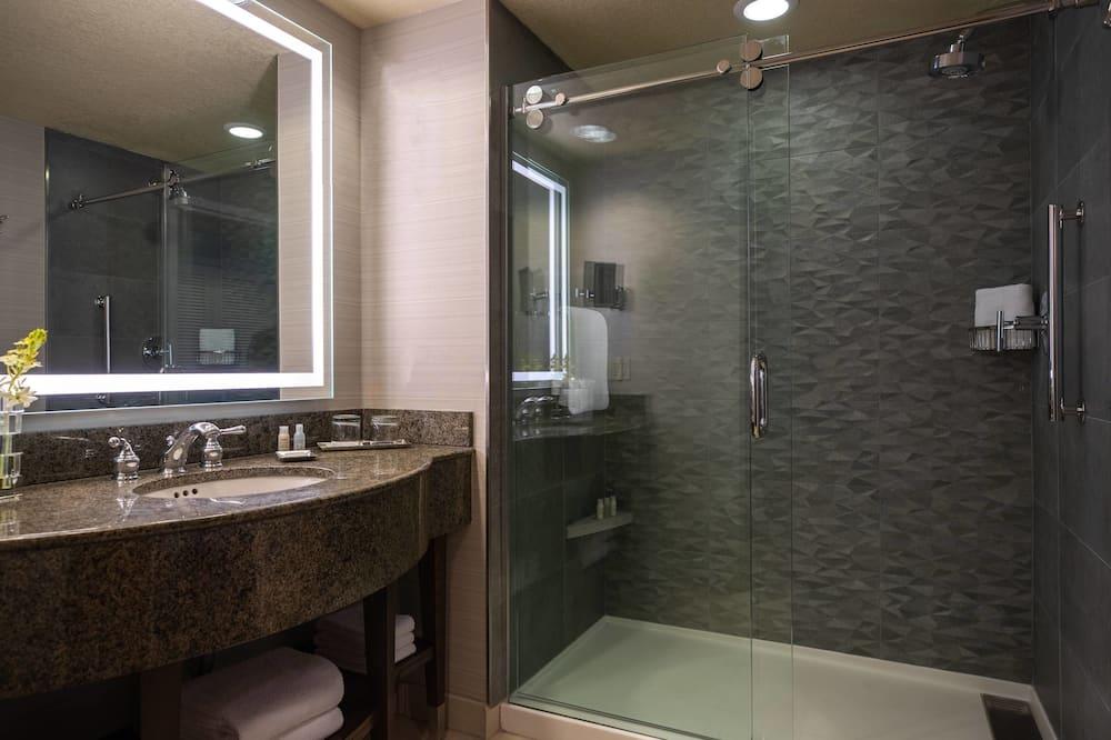 Club Oda, 2 Çift Kişilik Yatak, Sigara İçilmez - Banyo