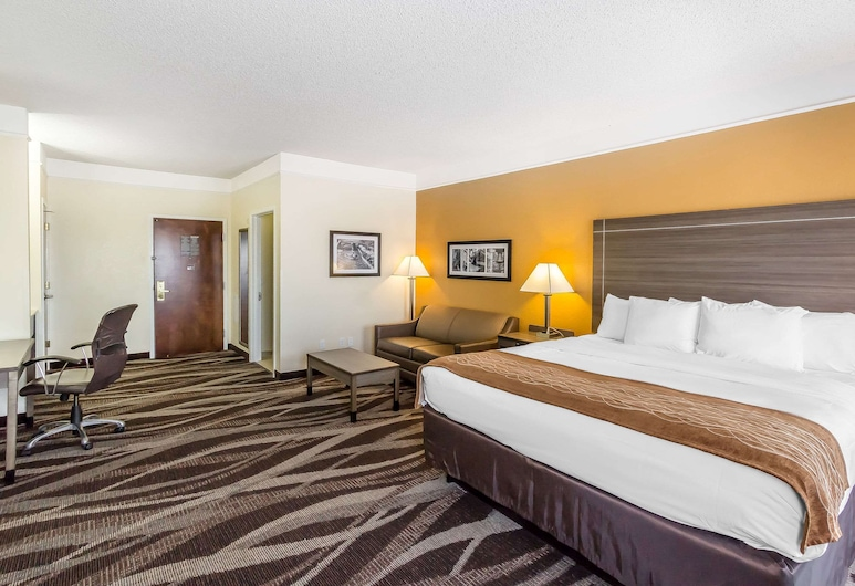 Comfort Inn I-10 East near AT&T Center, San Antonio, Suite, 1 King Bed, Non Smoking, Guest Room