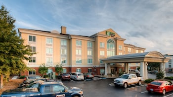 Picture of Holiday Inn Express Hotel & Suites Columbia in Columbia