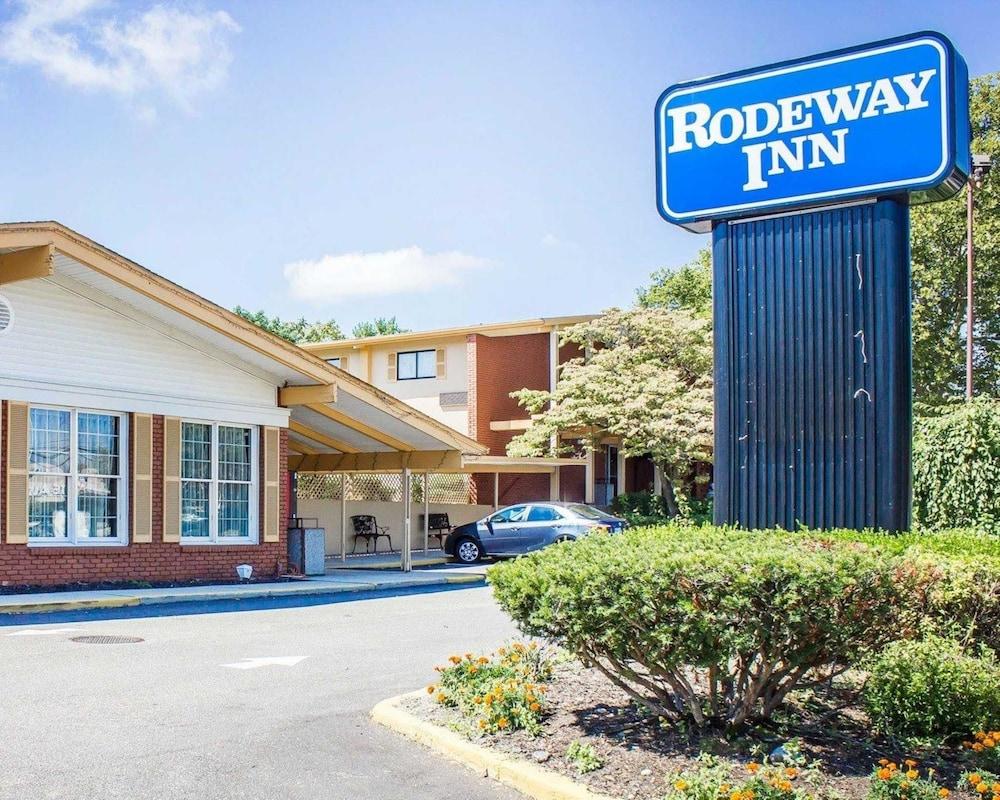 Rodeway Inn Huntington Station