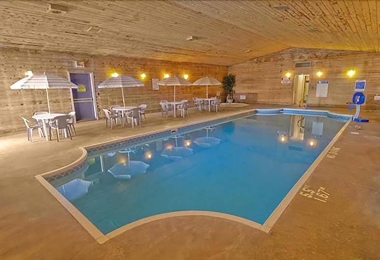 Americas Best Value Inn Marquette, Marquette, Piscina