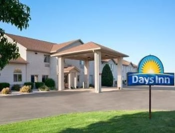 Picture of Days Inn Racine/Sturtevant in Sturtevant