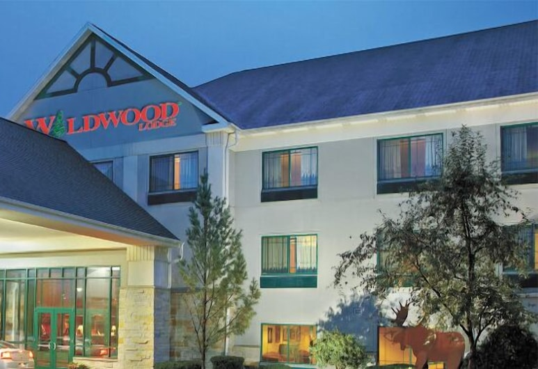 Wildwood Lodge, Pewaukee