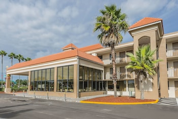 Book this Pool Hotel in Kissimmee