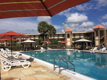 Mynd af Quality Inn & Suites Kissimmee by The Lake í Kissimmee