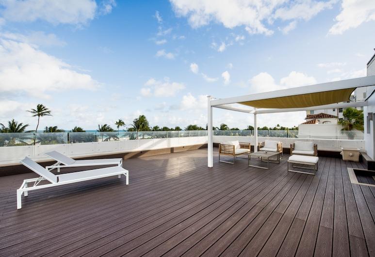 企鵝酒店, 邁阿密海灘, Ocean Front 1 King Bed, Private Terrace , 客房