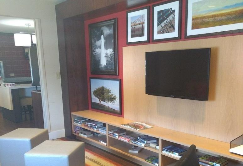 MainStay Suites Louisville Jeffersontown, Louisville, Centrum biznesowe