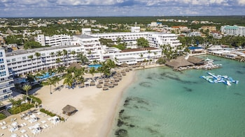 Picture of Be Live Experience Hamaca Beach in Boca Chica