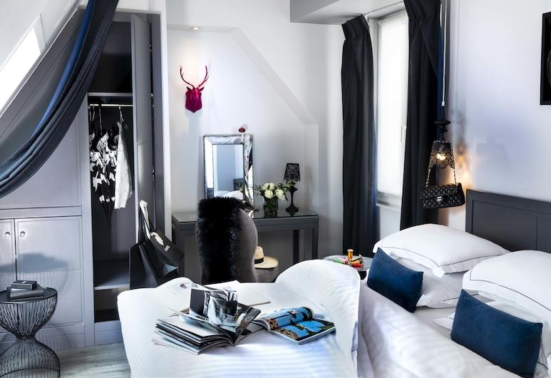 Hotel Mademoiselle, Pariis, Luksus (Deluxe Double or Twin Room), Tuba
