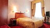 Book this Parking available Hotel in Modena