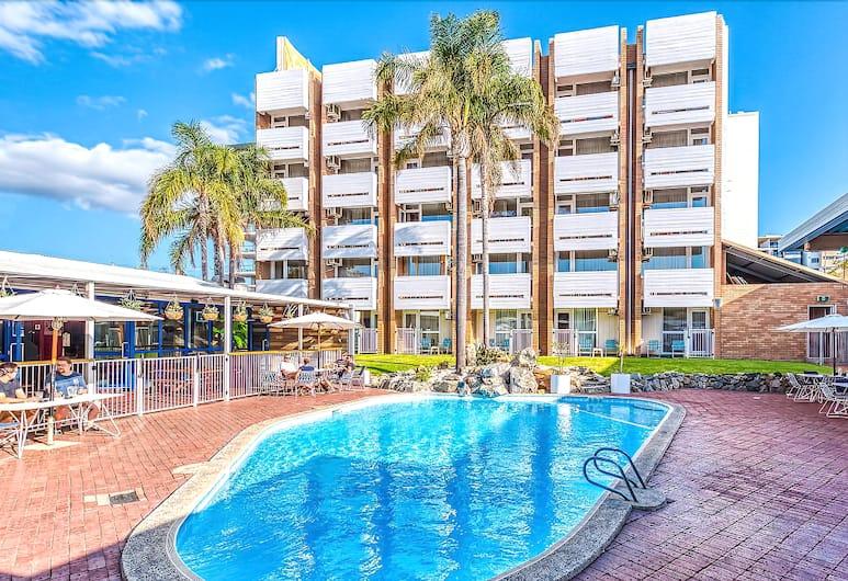 Indian Ocean Hotel, Scarborough, Pool