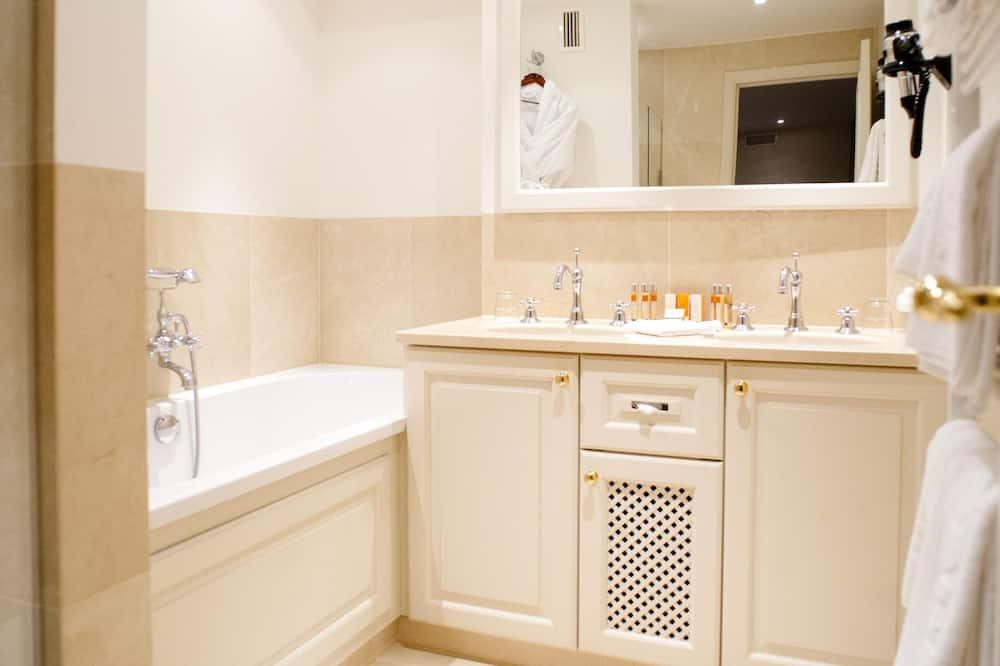 Номер із покращеним обслуговуванням - Ванна кімната