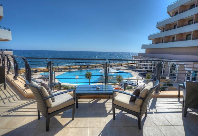 Radisson Blu Resort, Malta St. Julian's, St. Julians, Hotelbar