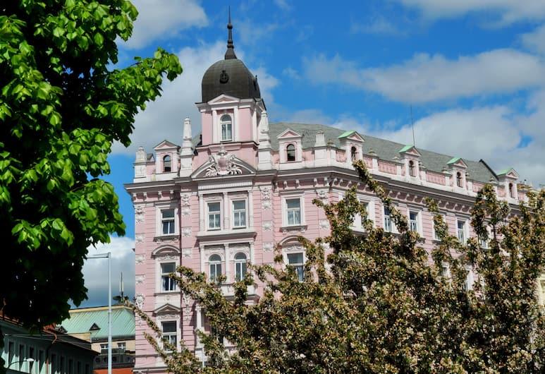 Opera Hotel, Prag, Hótelframhlið