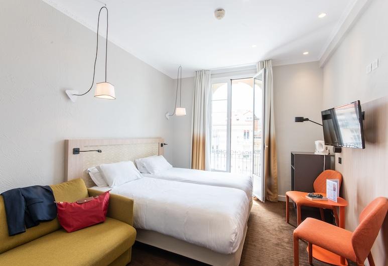 Hôtel Vendôme, Nice, Triple Room, Guest Room
