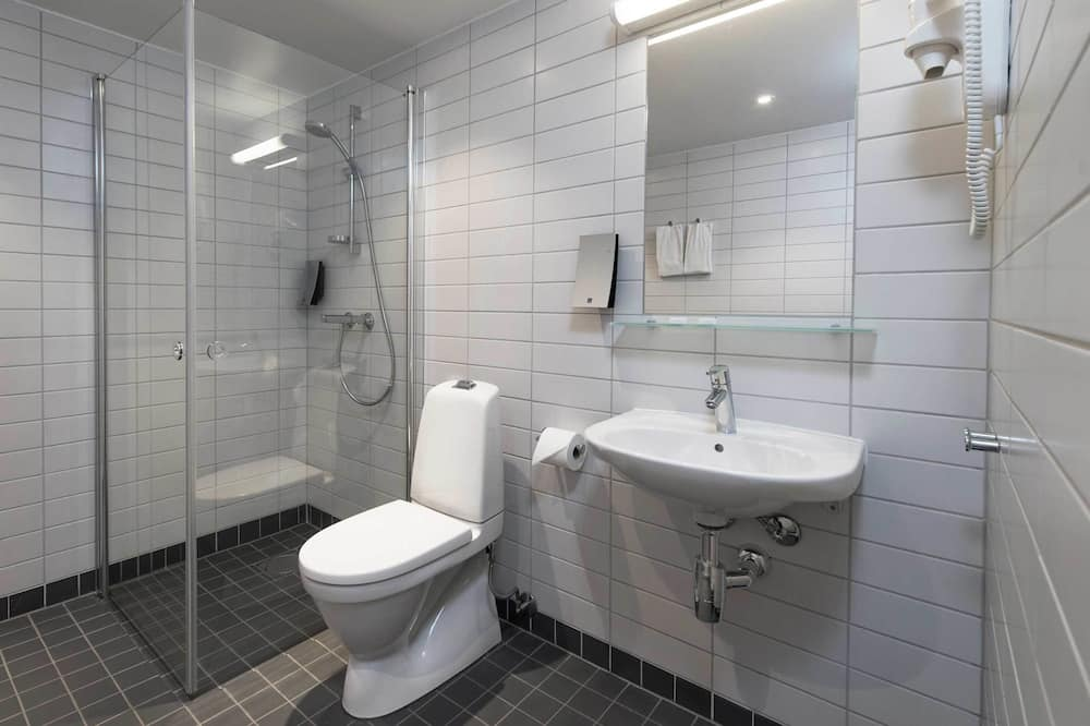 ห้องสแตนดาร์ด, เตียงเดี่ยว 2 เตียง, ปลอดบุหรี่ - ห้องน้ำ