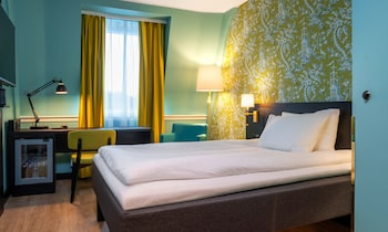 Enter your dates for special Stavanger last minute prices