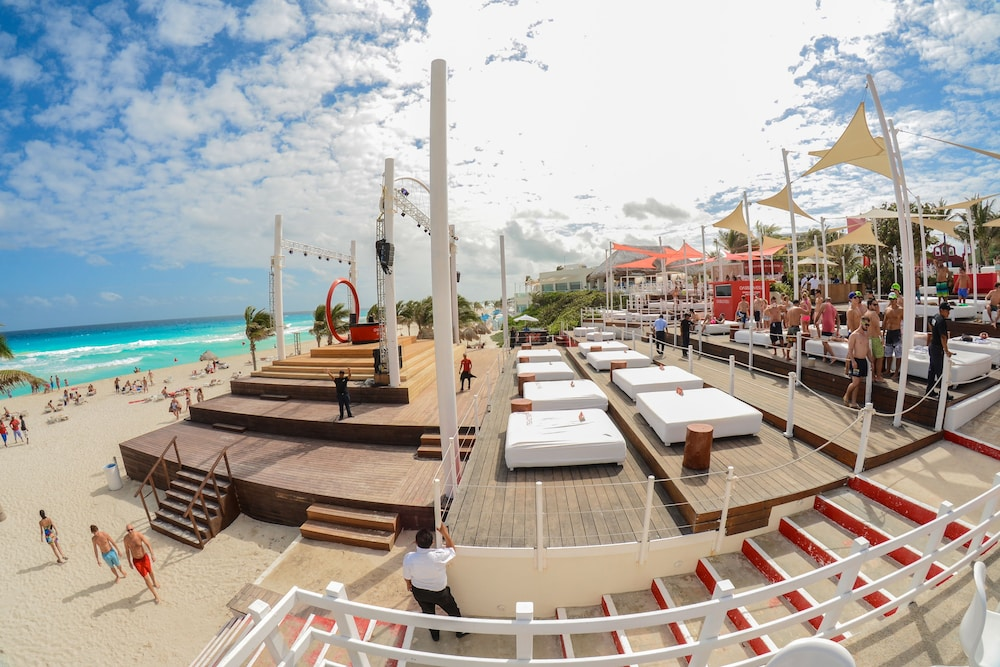 Book Grand Oasis Cancun All Inclusive In Cancun Hotels Com