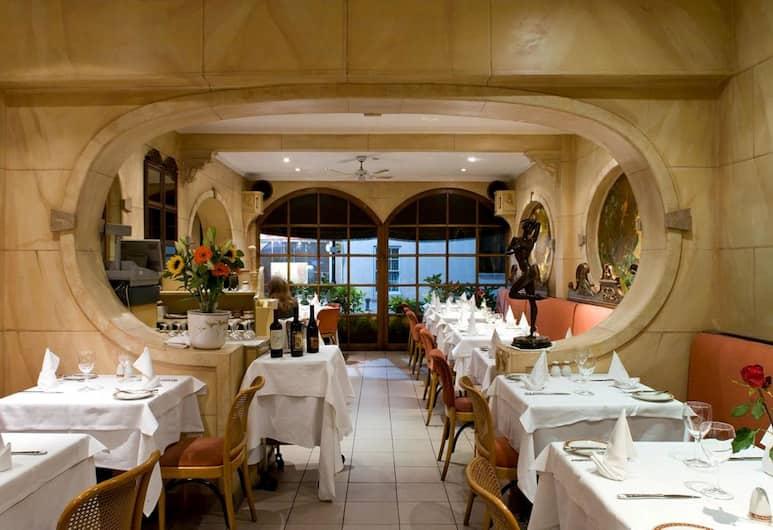 La Gaffe, London, Restaurant