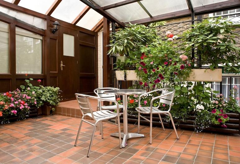 La Gaffe, London, Terrasse/veranda