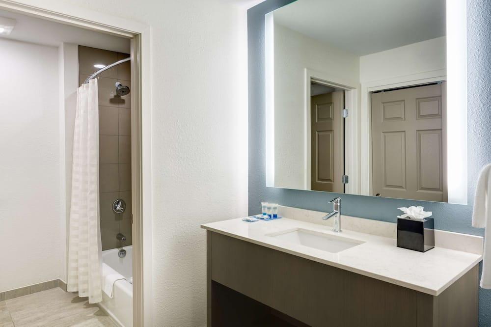 Pokoj, 1 ložnice, bezbariérový přístup (Shower) - Koupelna