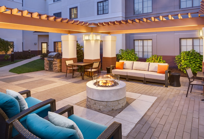 HYATT house Boston/Waltham, Waltham, Teras/Veranda