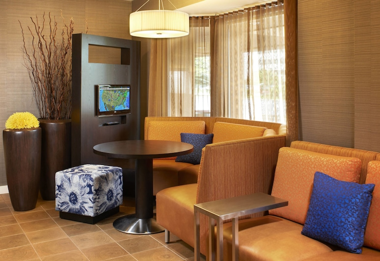 Courtyard by Marriott Cleveland Airport North, North Olmsted