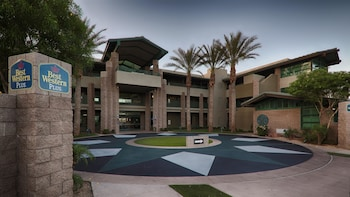 Picture of Best Western Plus Sundial in Scottsdale