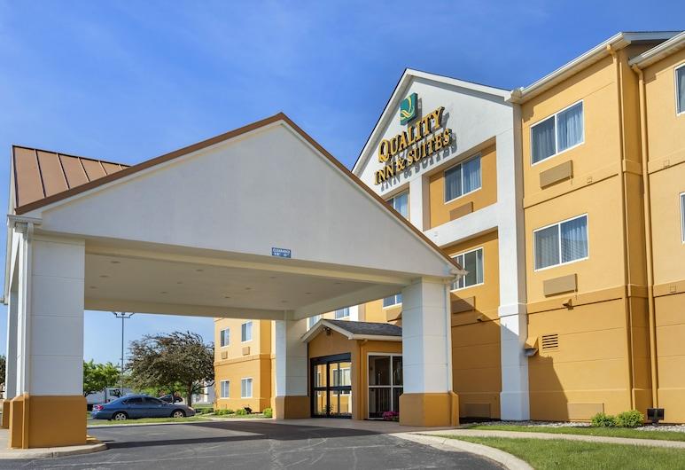 Quality Inn & Suites, Bay City