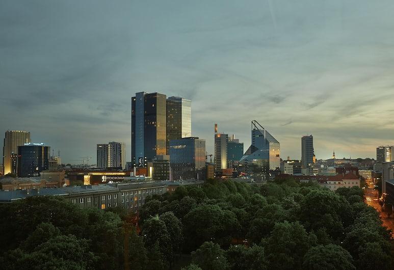 Hilton Tallinn Park, Talinas, aukštesnės verslo klasės kambarys, 1 labai didelė dvigulė lova, kampinis, Vaizdas iš svečių kambario