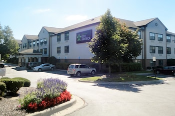 Picture of Extended Stay America - Detroit - Farmington Hills in Farmington Hills