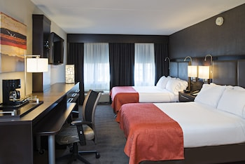 Mynd af Holiday Inn Express & Suites Boston - Cambridge í Cambridge