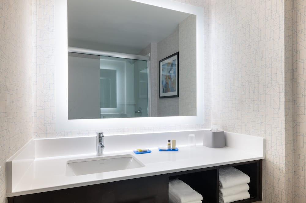 客房, 1 張特大雙人床和 1 張沙發床, 非吸煙房 - 浴室