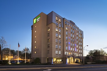 Top 10 Cheap Hotels in Boston from $69/night | Hotels com