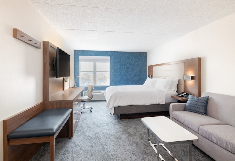 Holiday Inn Express & Suites Boston - Cambridge, an IHG Hotel, Cambridge, Room, 1 King Bed with Sofa bed, Non Smoking, Guest Room