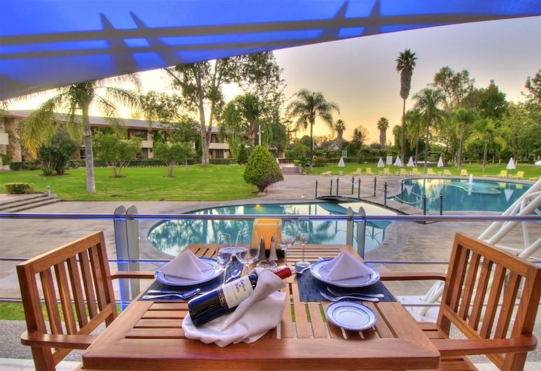 Hotel Las Trojes, Aguascalientes, Outdoor Dining