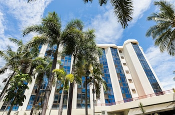 Enter your dates to get the Townsville hotel deal