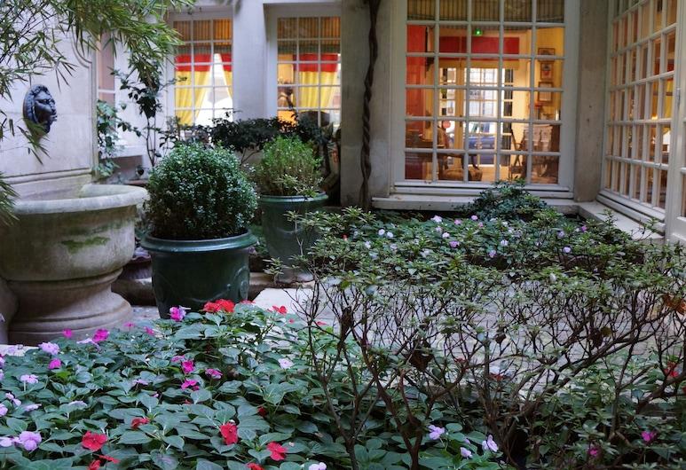 Relais Médicis, Paris, Lobby