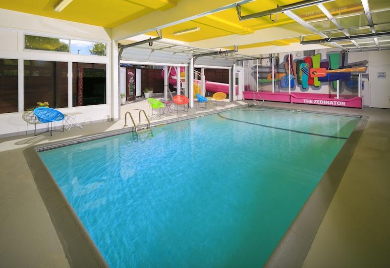 Hotel Zed Victoria, Victoria, Indoor Pool