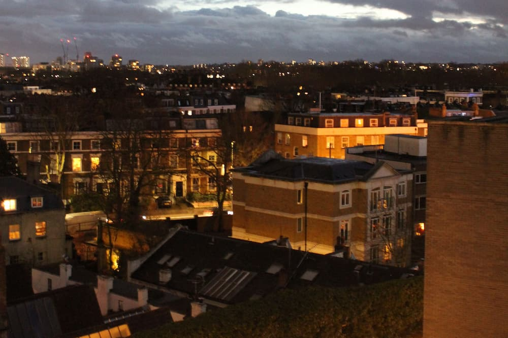standartinis dvivietis kambarys su atskiromis lovomis - Vaizdas į miestą