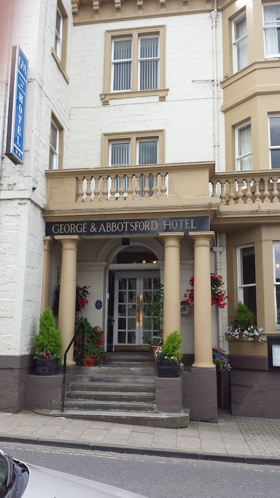 George and Abbotsford Hotel, Melrose