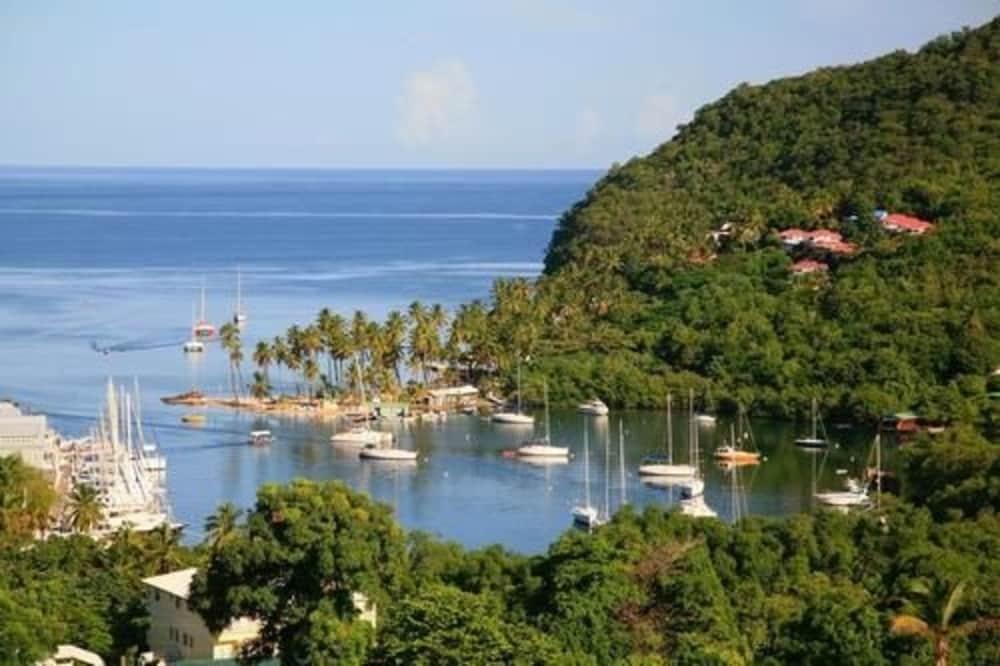 Marigot Beach Club and Dive Resort, Marigot Bay