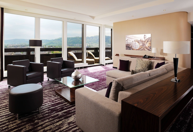 Zurich Marriott Hotel, Zürich, Panoramic Suite, 1 Bedroom, Business Lounge Access (Larger Suite), Guest Room
