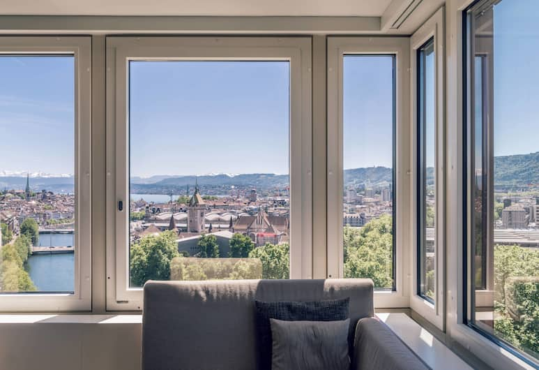 Zurich Marriott Hotel, Zürich, Club Room, 1 King Bed, Business Lounge Access (M Club Lounge Access), Guest Room View